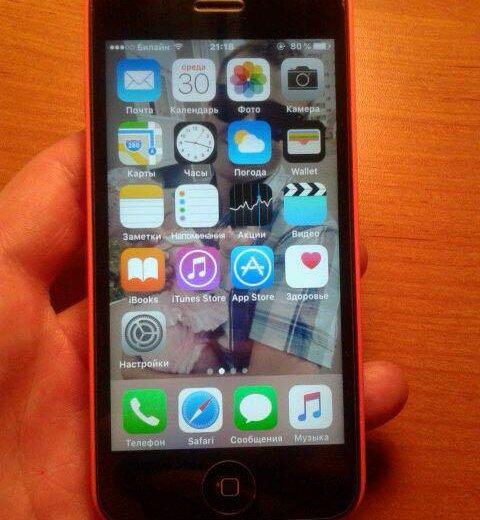 Iphone 5c. Фото 4. Омск.