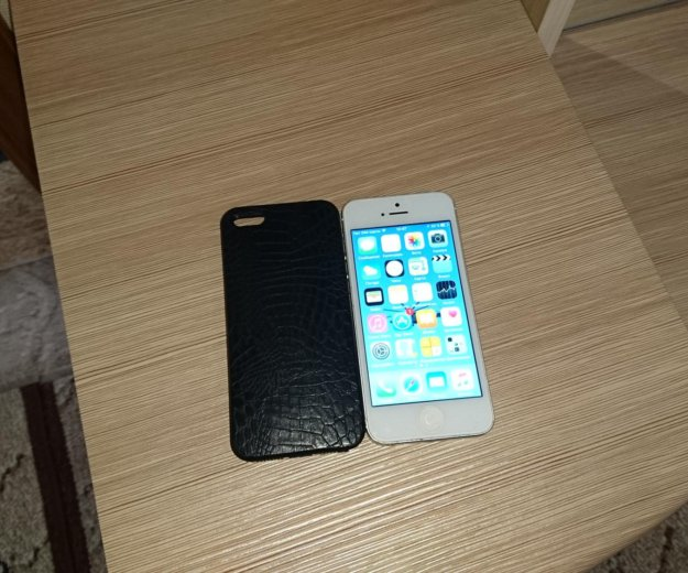Iphone 5 16g. Фото 1.