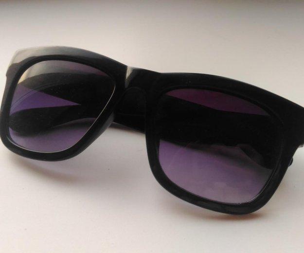 Солнцезащитные очки. Фото 1. Кемерово.