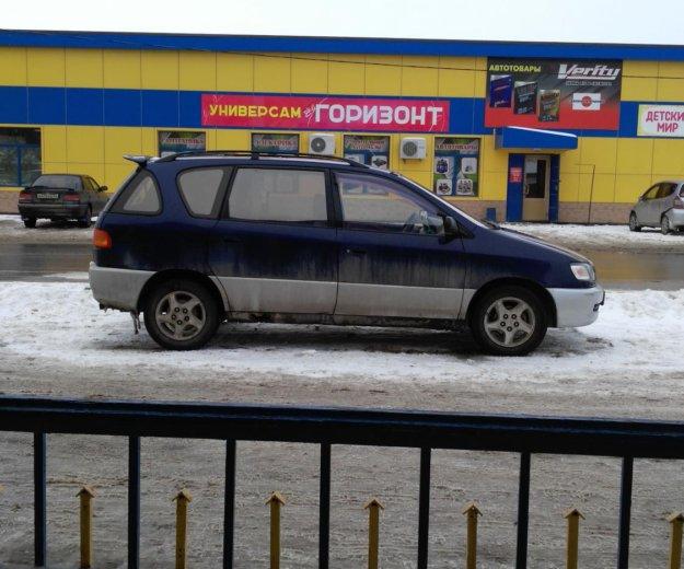 Тойота ipsum. Фото 1. Южно-Сахалинск.