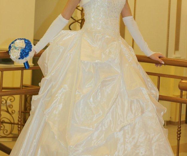 Свадебное платье. Фото 1. Сургут.