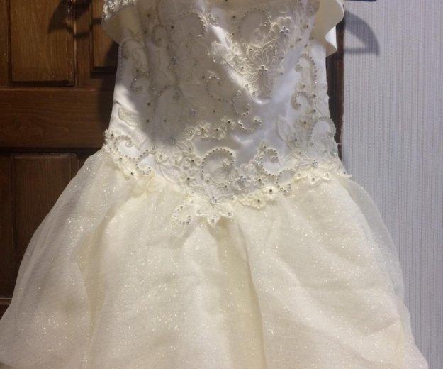 Свадебное платье. Фото 1. Урай.