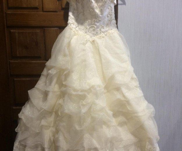Свадебное платье. Фото 3. Урай.