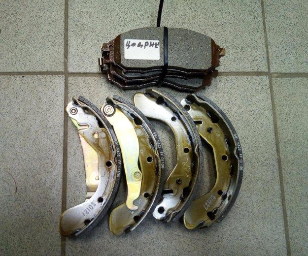 Новые тормозные колодки на ниссан цедрик. Фото 1. Нижневартовск.