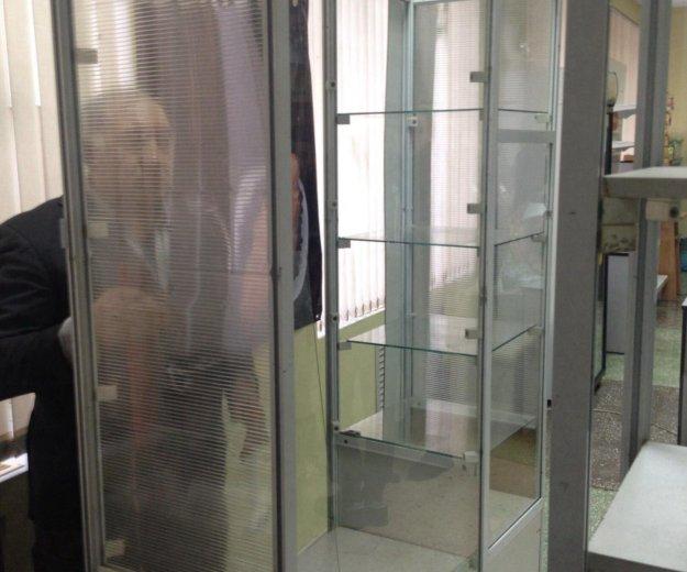 Шкаф белый, витрина. Фото 3. Омск.