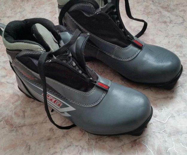 Лыжные ботинки  41 р-р. Фото 1. Южно-Сахалинск.