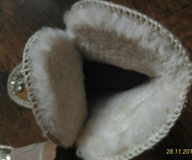 Валеночки с натуральным мехом,39 размер. Фото 2. Москва.