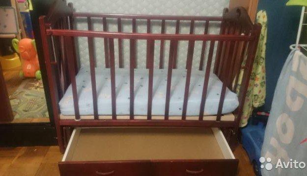 Детская кровать маятник. Фото 3. Санкт-Петербург.