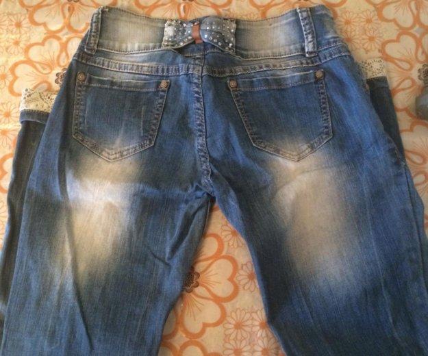 Продам рваные джинсы размер 42-44. Фото 2. Пенза.