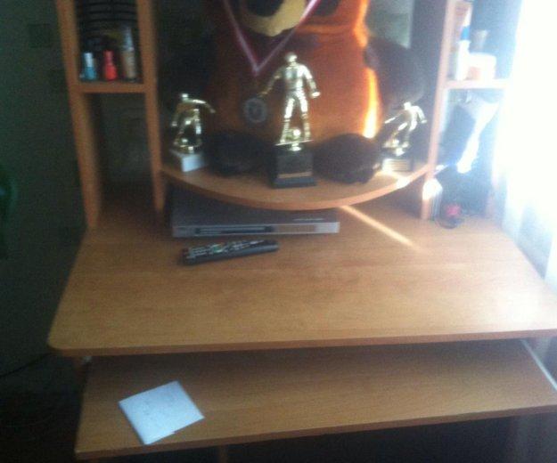 Компьютерный стол. Фото 2. Искитим.