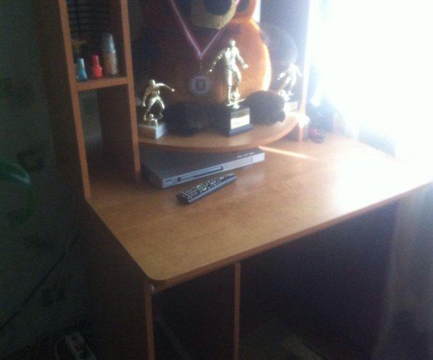 Компьютерный стол. Фото 1. Искитим.