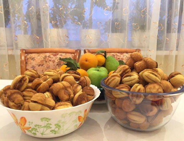 Орешки и грибочки со сгущенкой. Фото 1. Москва.