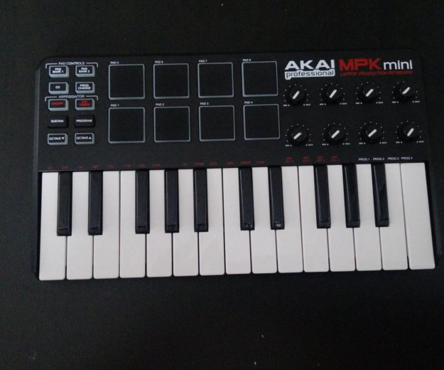 Akai professional mpk mini 25 key. Фото 2. Краснодар.