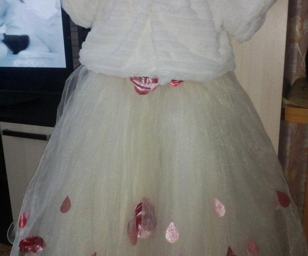 Платье нарядное на 6-8 лет, корсет на резинке. Фото 1. Реж.
