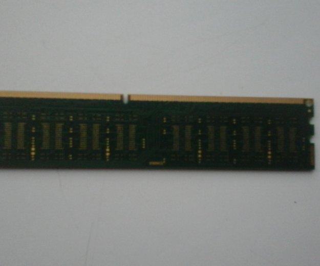 Оперативная память на 4 гб ddr3 частотой 1600 mhz. Фото 1. Донской.