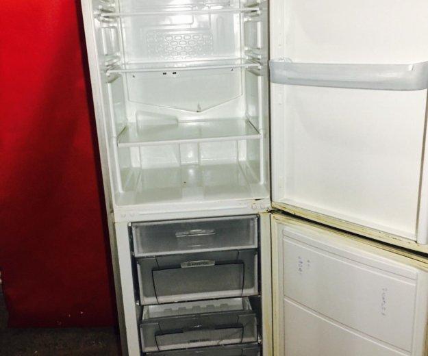 Холодильник индезит бу. Фото 2. Москва.