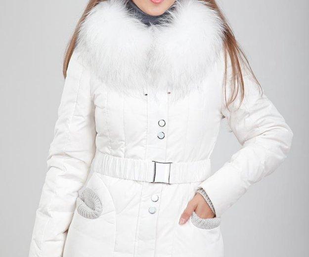 Белый короткий пуховик vininus. Фото 1. Ульяновск.