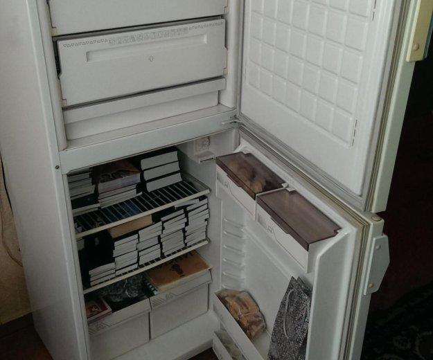 Холодильник 2-камерный. Фото 2. Юрга.