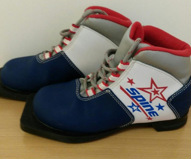 Лыжные ботинки. Фото 1. Кострома.