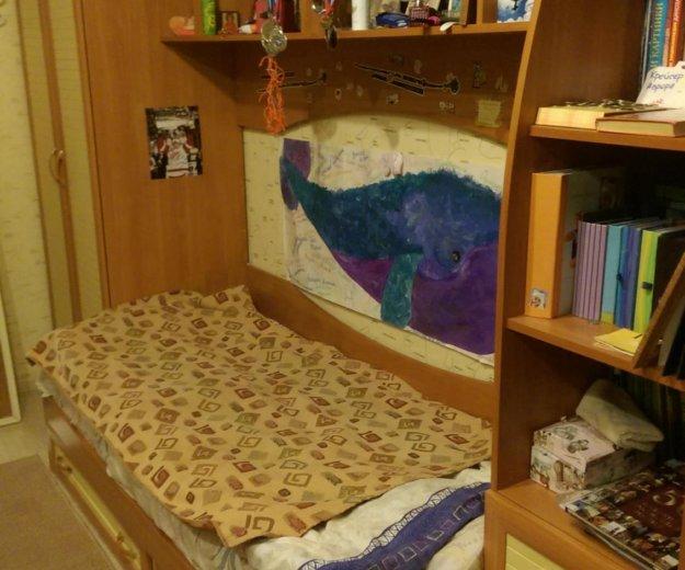 Детская кровать со шкафом (желтый, синий). Фото 1. Арамиль.