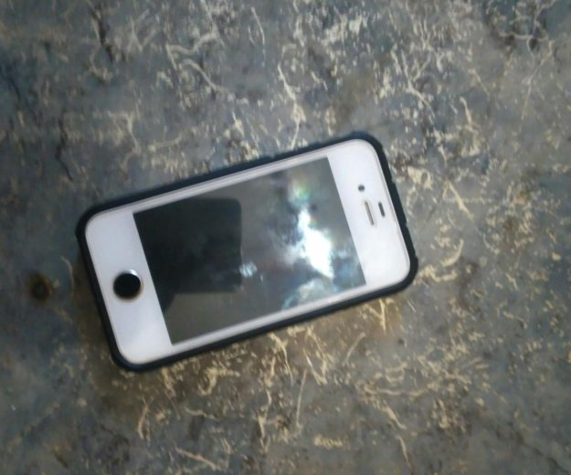 Iphone 4s. Фото 4. Комсомольск-на-Амуре.