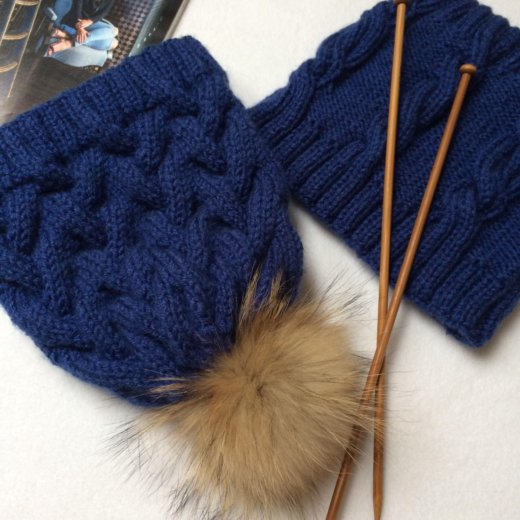 Комплект шапка +снуд. Фото 1. Бор.