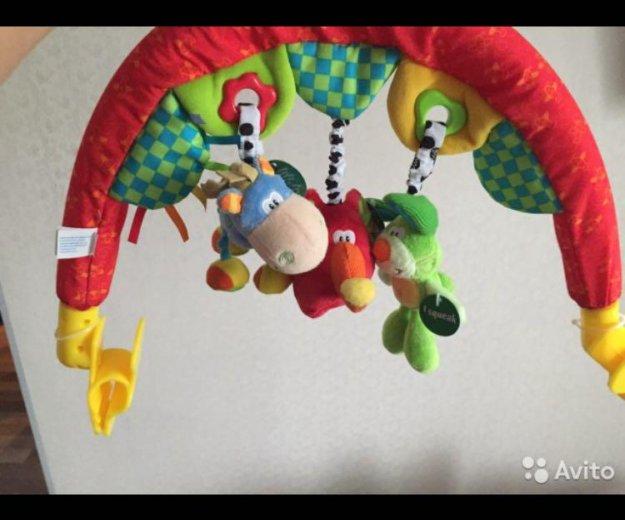 Дуга с подвесными игрушками travel play gym. Фото 1. Нефтеюганск.