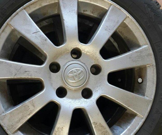 Зимние шины на дискак тойота р 16. Фото 1. Саратов.