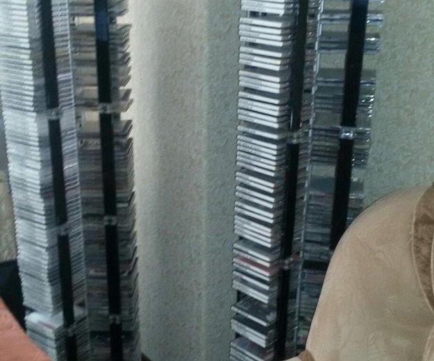 2 стойки для двд дисков. Фото 2. Сургут.