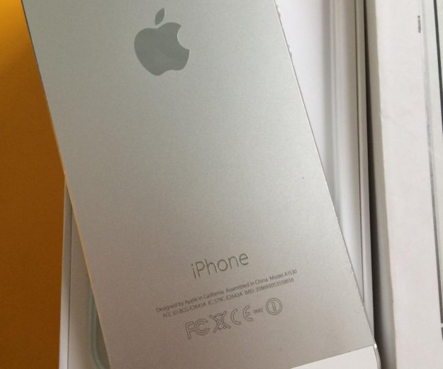 Iphone 5s 32gb lte a1530 silver. Фото 1. Красноярск.