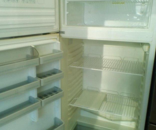 Больной холодильник. Фото 2. Новороссийск.