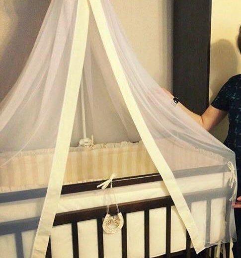Комплект в кроватку. Фото 1. Новотроицк.