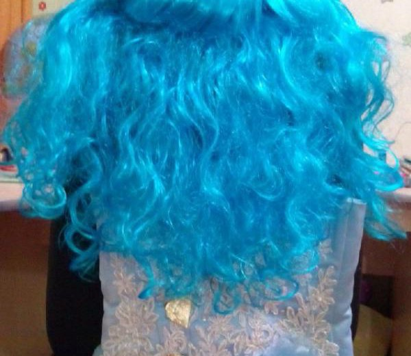Платье с париком ,,мальвина,,. Фото 2. Череповец.