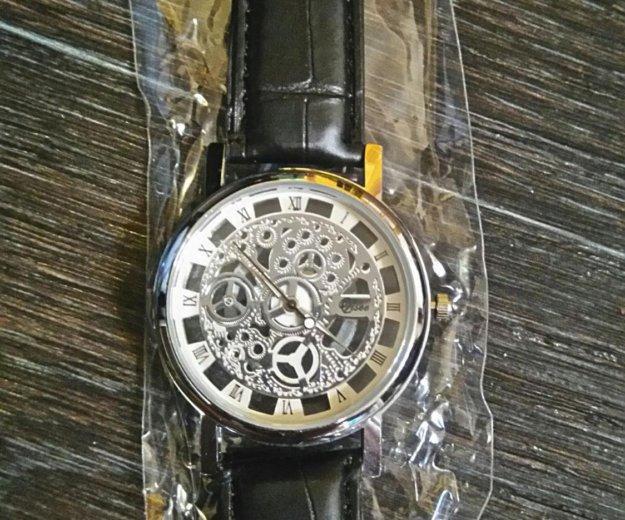 Часы.. Фото 1. Нефтеюганск.
