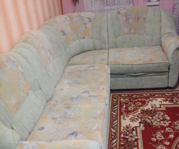 Диван угловой и кресло. Фото 4. Братск.