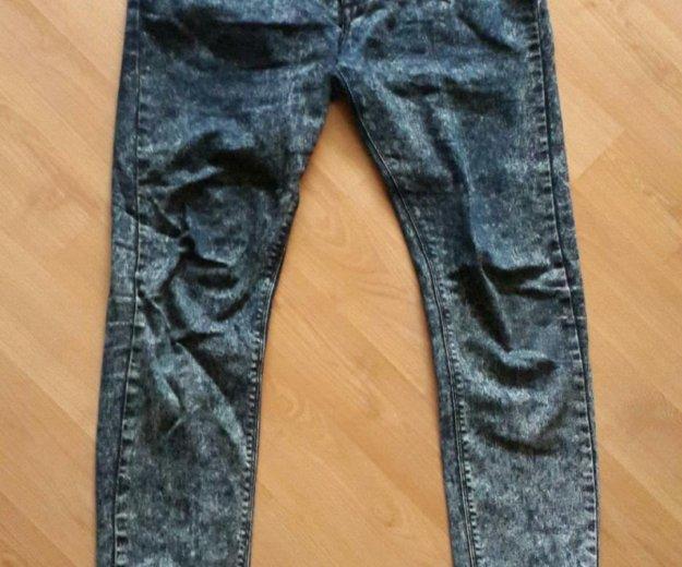 Заужинные джинсы newlook. Фото 1. Сочи.