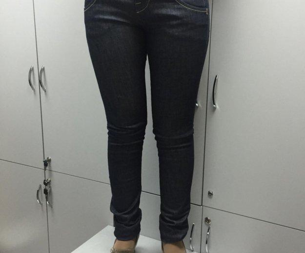 Итальянские джинсы на 46 размер. Фото 1. Москва.