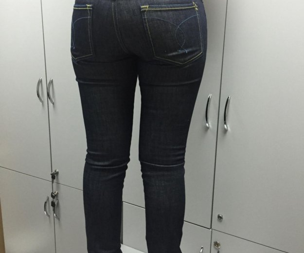 Итальянские джинсы на 46 размер. Фото 2. Москва.