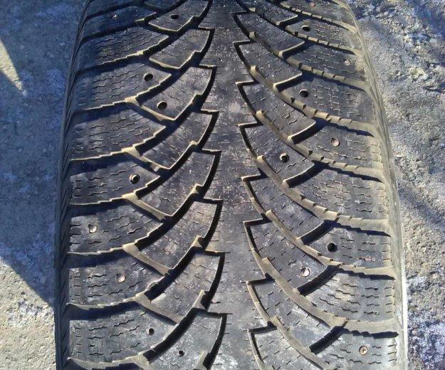 Зимняя резина 1шт. нокиан хакапелита 5. Фото 1. Балаково.