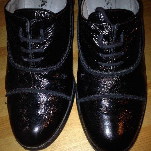 Кожаные брендовые ботфорты и туфли в подарок. Фото 4. Химки.