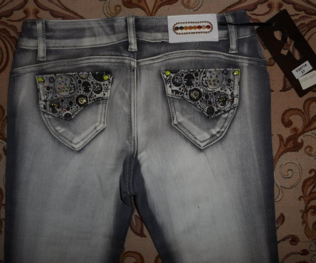 Абсолютно новые джинсы. Фото 4. Омск.