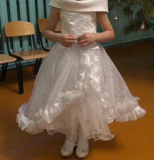 Платья для девочки. Фото 1. Зеленоград.
