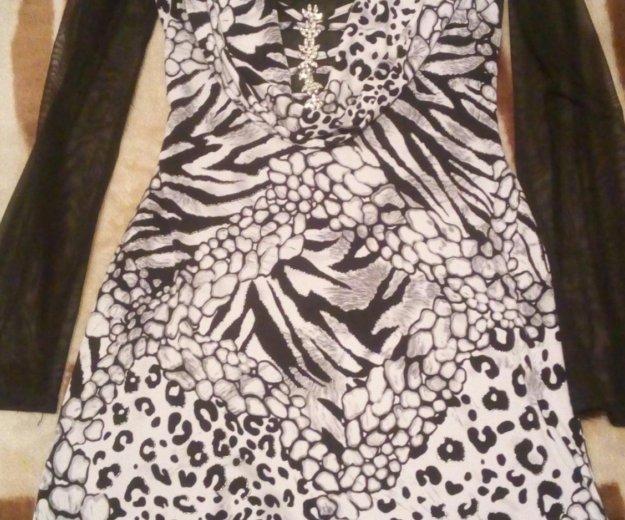 Платье б/у. Фото 3. Новый Уренгой.