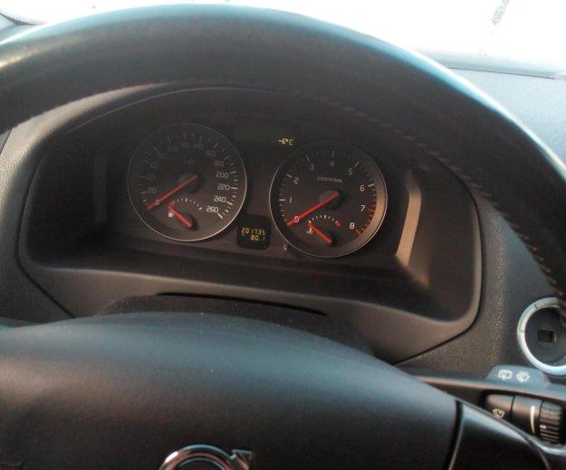 Volvo v50. Фото 1.