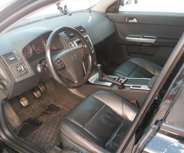 Volvo v50. Фото 3.