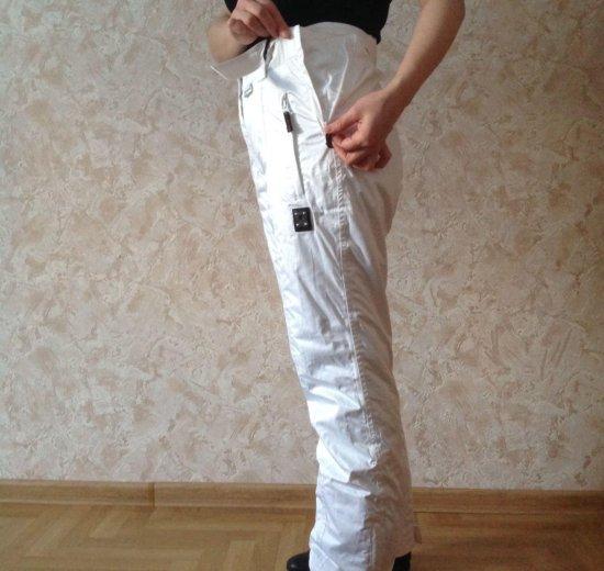 Новый женский горнолыжный костюм. Фото 2. Москва.