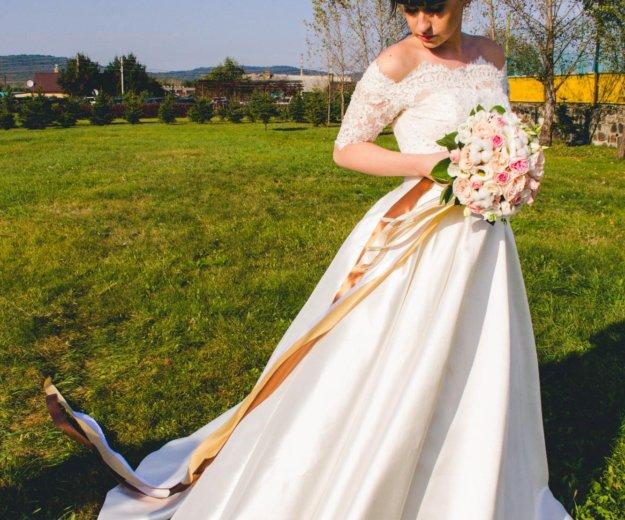 Свадебное платье. Фото 2. Уссурийск.