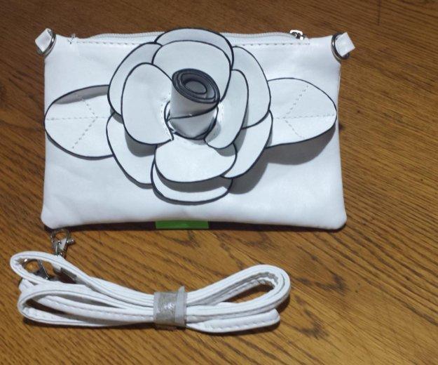Сумочка сумка белая с цветочком. Фото 1. Москва.