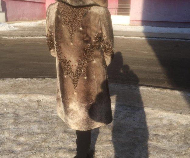Мутоновая шуба, воротник голубая горка. Фото 2. Иркутск.