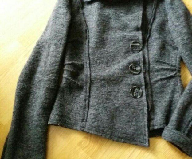 Куртка (пиджак)женская шерсть. Фото 3. Пермь.